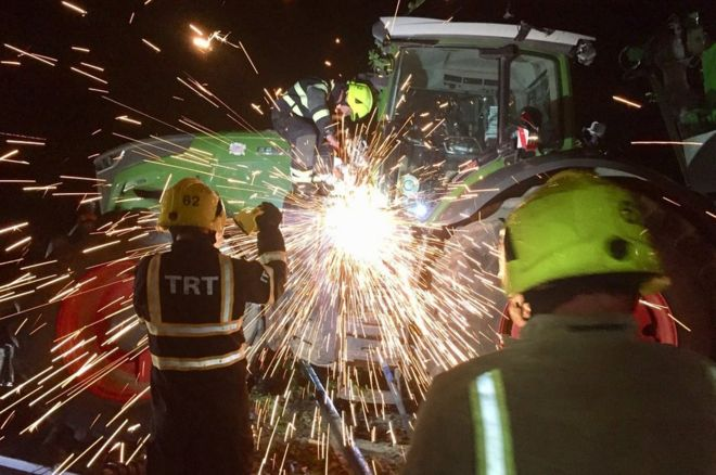 Tractor stuck on railway causes damage and major disruptions