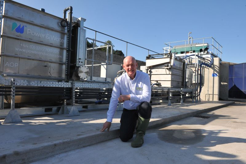New technology at farm shown to extract 90% of water from slurry