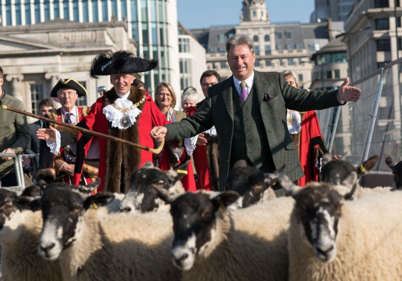 Alan Titchmarsh herds sheep over London Bridge to highlight importance of farming