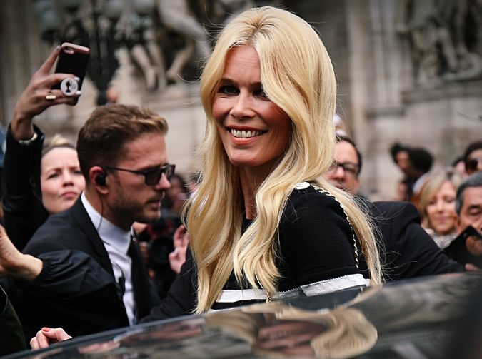 Claudia Schiffer agrees to pay £8,000 after dog attack on sheep