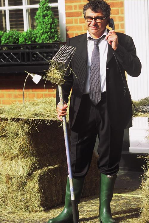 Vincent Tchenguiz Mucks in Down on the Farm