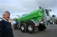 T H WHITE extends Bauer slurry range with high-specification tankers