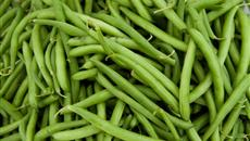 Tesco changes green beans to cut food waste