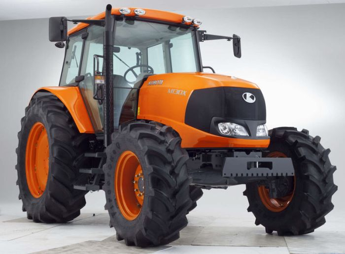 kubota m series m130 x from farming uk. Black Bedroom Furniture Sets. Home Design Ideas
