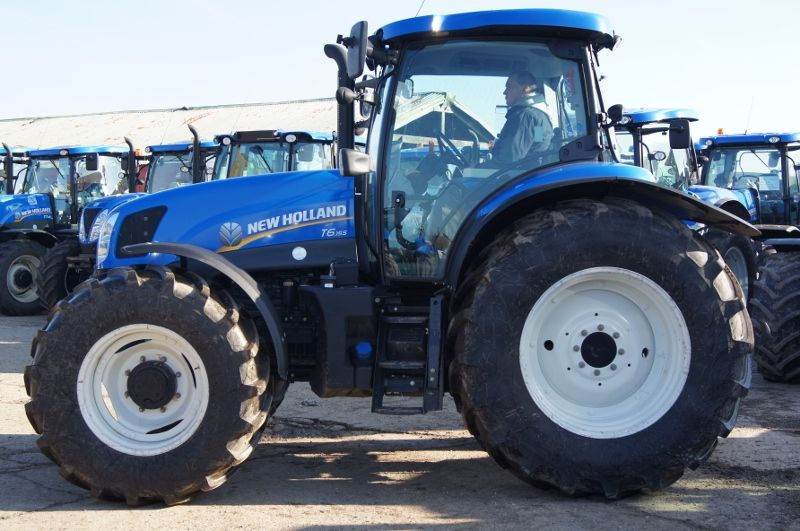 New Holland Series T6 Electro Command T6 155 From Farming Uk