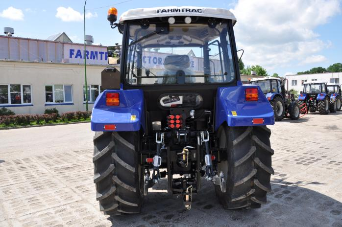 Farmtrac-685DT