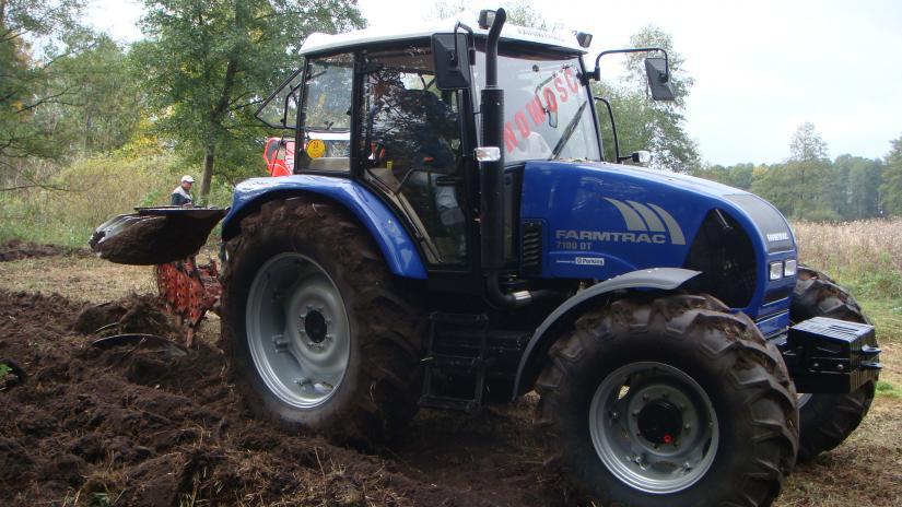 Farmtrac-7100DT