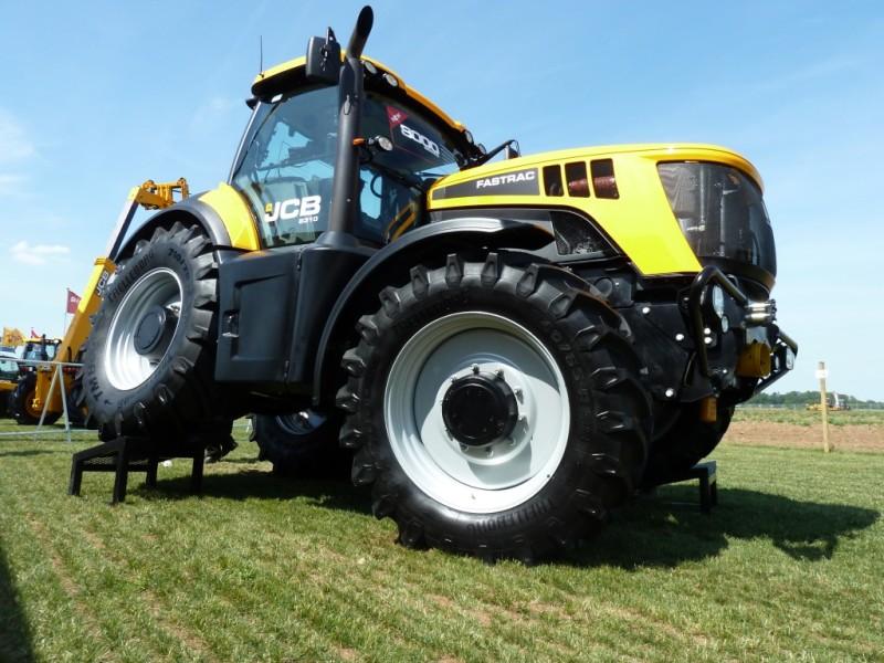 Jcb Fastrac 8000 Series 8310 From Farming Uk