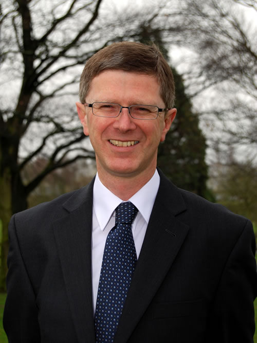 Dr David Llewellyn