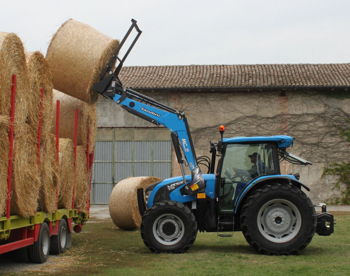 A 113hp Landini 5-110H with the new MClassic 80 mechanical levelling loader.