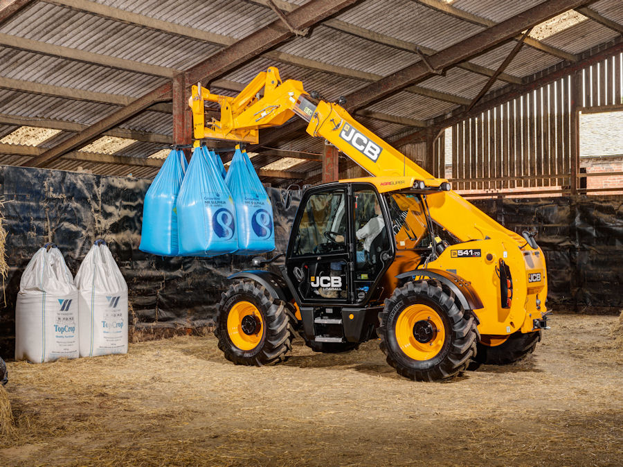 There are more features for the JCB Smart Hydraulics package.