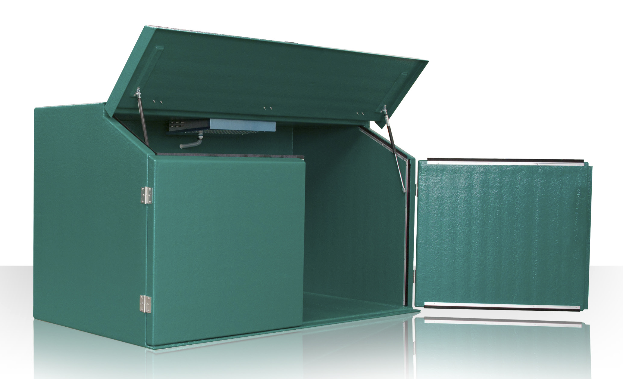The Euratainer 4LM is designed to hold four standard wheelie bins and to keep the contents at about 6C