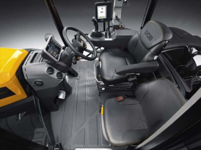 Leather clad seating for two in the Command Plus cab.