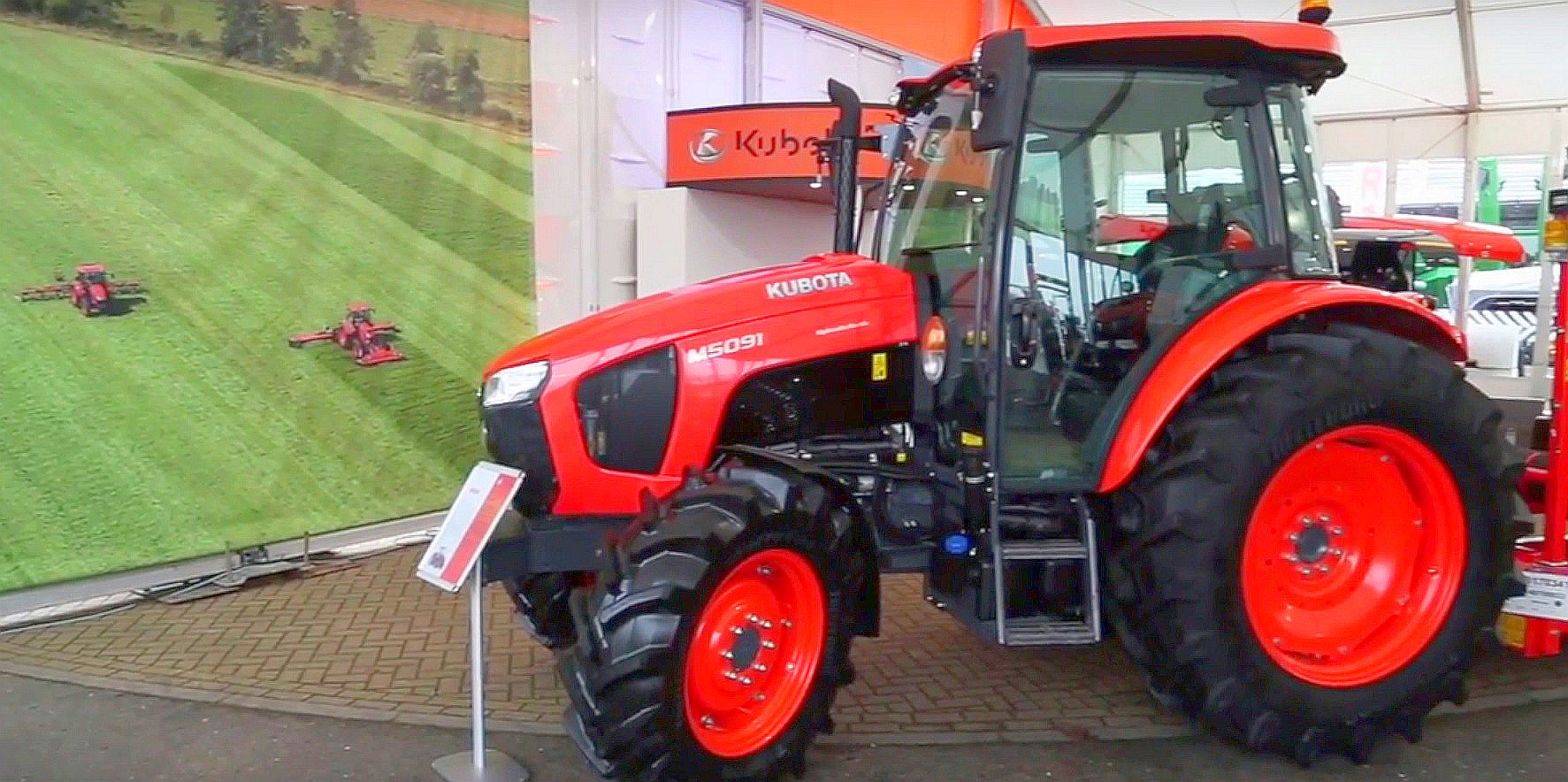 The new M5001 Series, a brand new range of 95HP to 113HP tractors, at Kubota's LAMMA 2017 stand