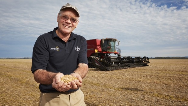 New Zealand arable farmer Eric Watson has broken the world wheat growing record