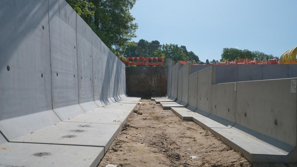 New bund-ramp-walls from JP Concrete at Hill Farm
