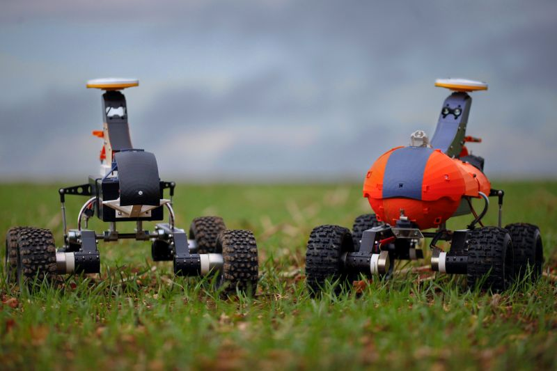 The Small Robot Company is an example of a company which builds swarm-sized agri-food robots