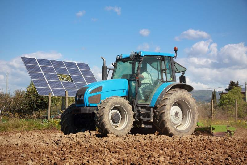 4273 new tractors have been registered so far this year, figures show
