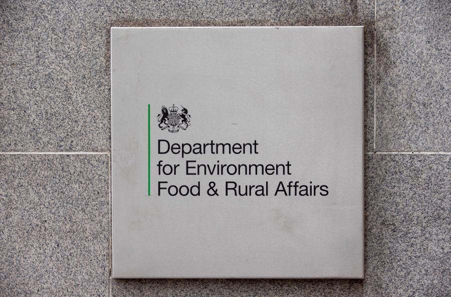 The report highlights Defra's 'previous difficulties in introducing change successfully'