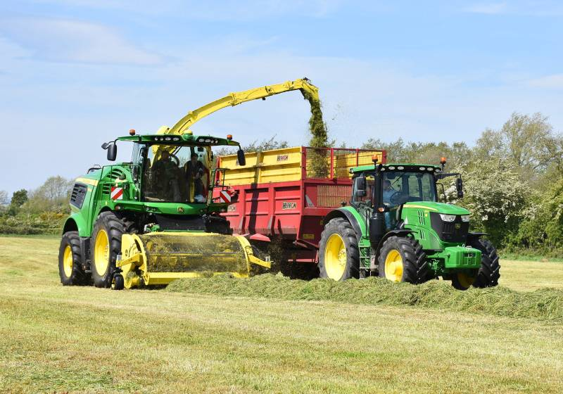 Lagan Brothers harvests around 7000 acres of grass and 70 percent of that is destined for biogas plants