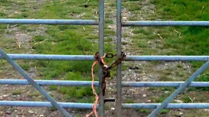 Baler twine is being used to mark farms which are easy to target (Photo: West Mercia Police)