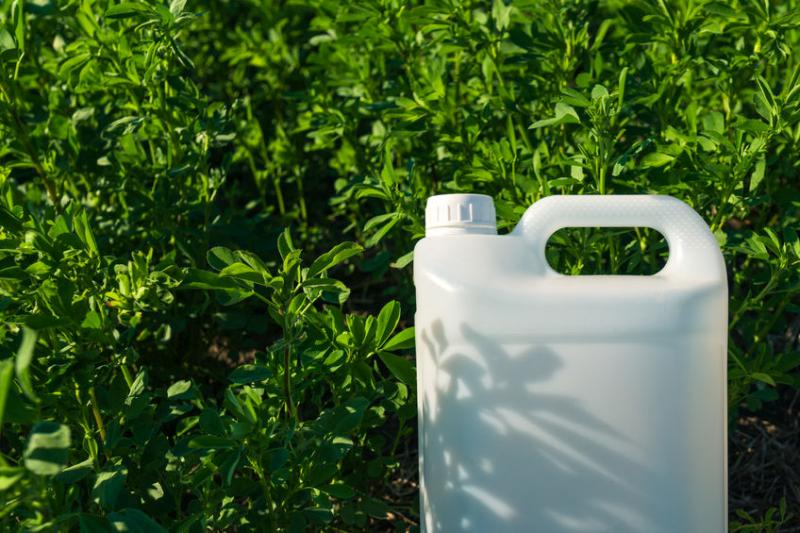 The registration window for the initiative to help farmers and growers in Wales dispose of pesticide and herbicides has now been extended