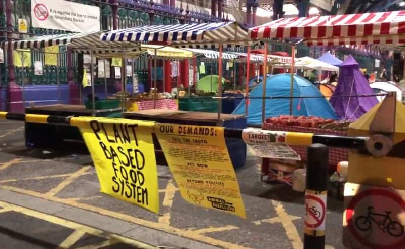 The UK's biggest meat market has been forced to shut down due to the Animal Rebellion protest (Photo: Rachael Venables/LBC/Twitter)
