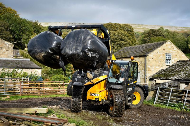 JCB donated much-needed machinery to the flood-affected family farms