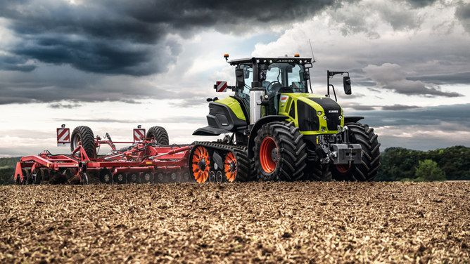 The Axion 900 Terra Trac is the first half-track unit to have full suspension