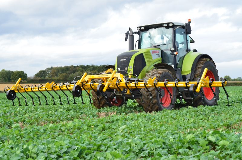 Claydon will exhibit a 6m-wide version of the new TerraBlade Heavy Duty Inter Row Hoe