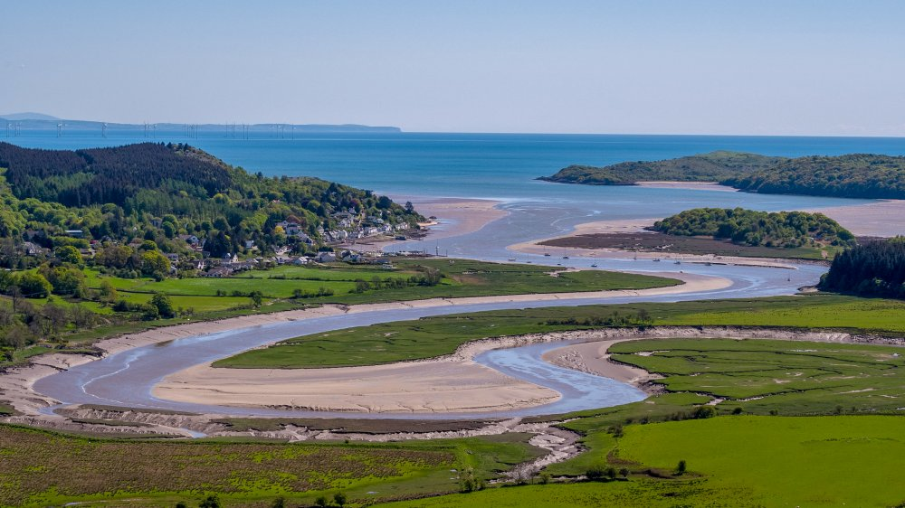 The holiday cottages range from two to five bedrooms and many enjoy far reaching views of the Urr Estuary