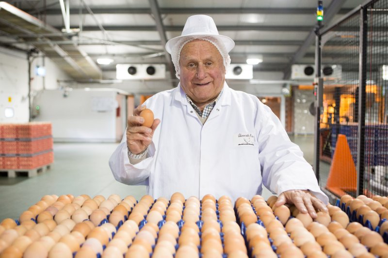 Glenrath Farms chairman Sir John Campbell said he forecasts that major retailers will cease to sell colony eggs to customers before 2025