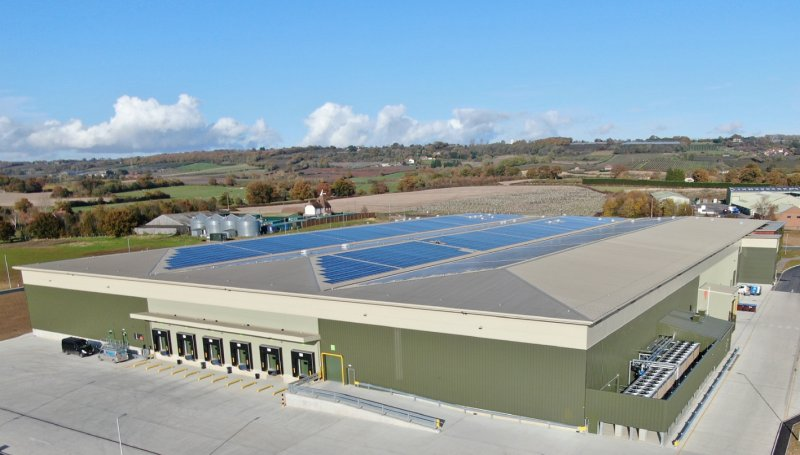 The location comprises of a 993KW Solar Array with over 3,600 solar panels covering 6,143m2
