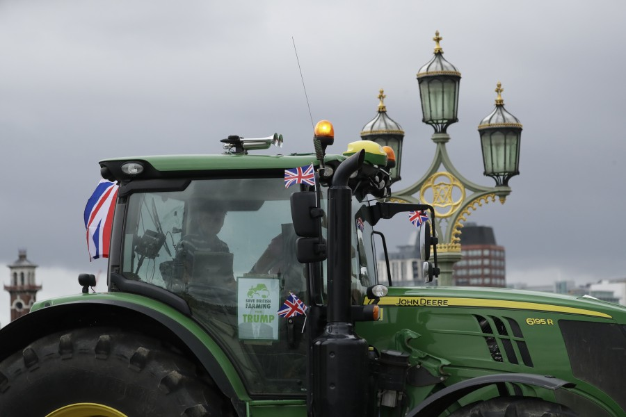Save British Farming activists are lobbying MPs to vote to amend the bill to 'save food standards and farmers' (Photo: Matt Dunham/AP/Shutterstock)