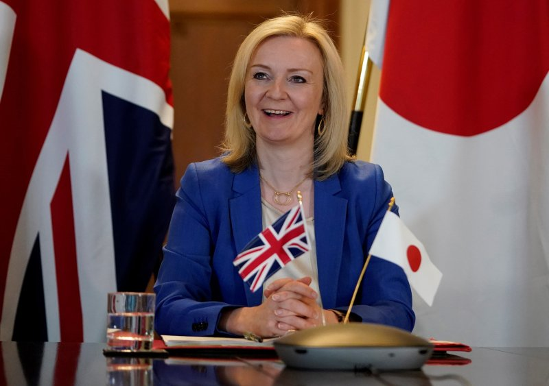 Liz Truss formally launched the body on Monday, saying the commission would put farming 'at the heart of trade policy' (Photo: ANDREW PARSONS/DOWNING STREET HANDOUT/EPA-EFE)