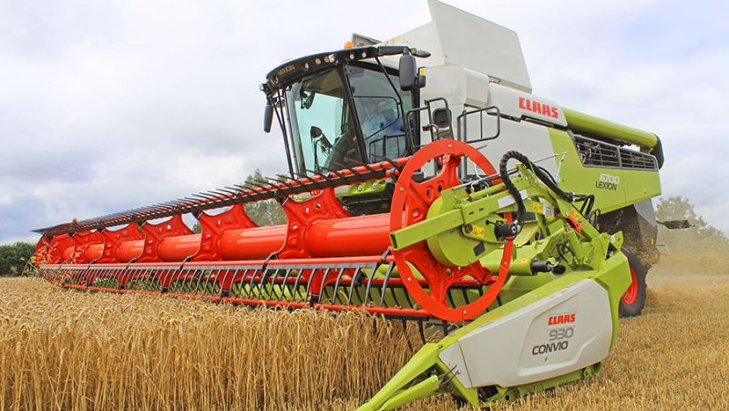 Central to the new Lexion 6000/5000 range of combines is the new Aps Synflow Walker threshing system