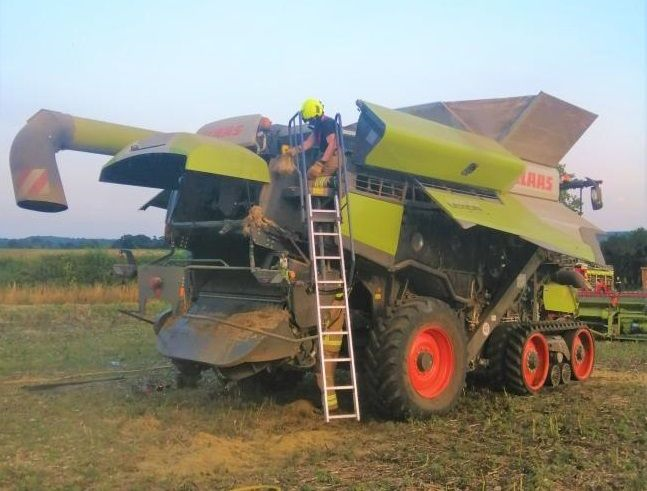 The farmer was praised by fire crews for doing 'exactly the right thing' in the situation (Photo: Oxfordshire Fire and Rescue Service)