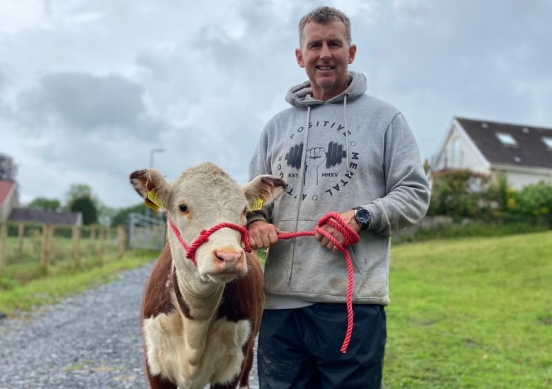 Nigel Owens recently rekindled his farming career and now combines rugby refereeing with running his own farm