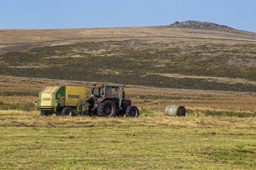 Very few farmers in Scotland have made an application for the Scottish government's funding, according to Galbraith