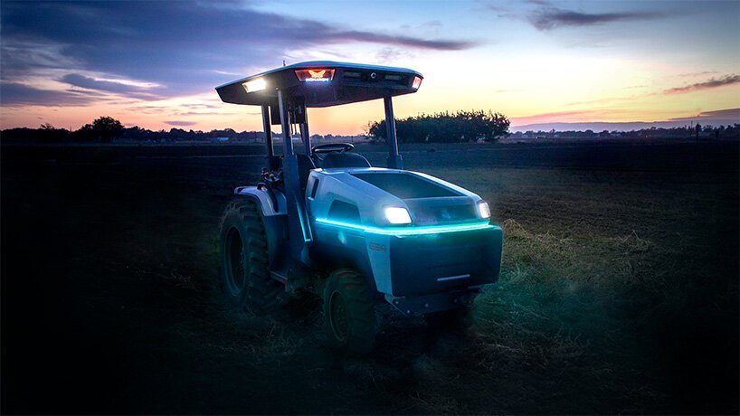 The futuristic tractor is 100% electric and has zero tailpipe emissions (Photo: Monarch Tractor)