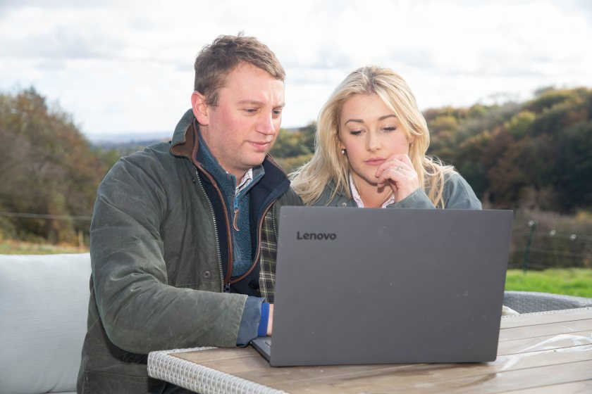 Farmers can access one-to-one counselling support from qualified professionals through a chat function