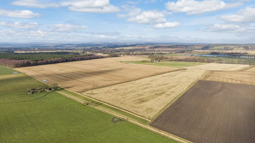 The land is suitable for a range of arable crops or fodder production (Photo: Galbraith)