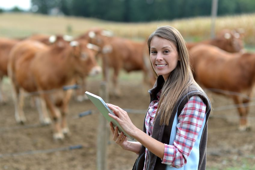 Scottish farmers are being encouraged to help tackle the skills shortage