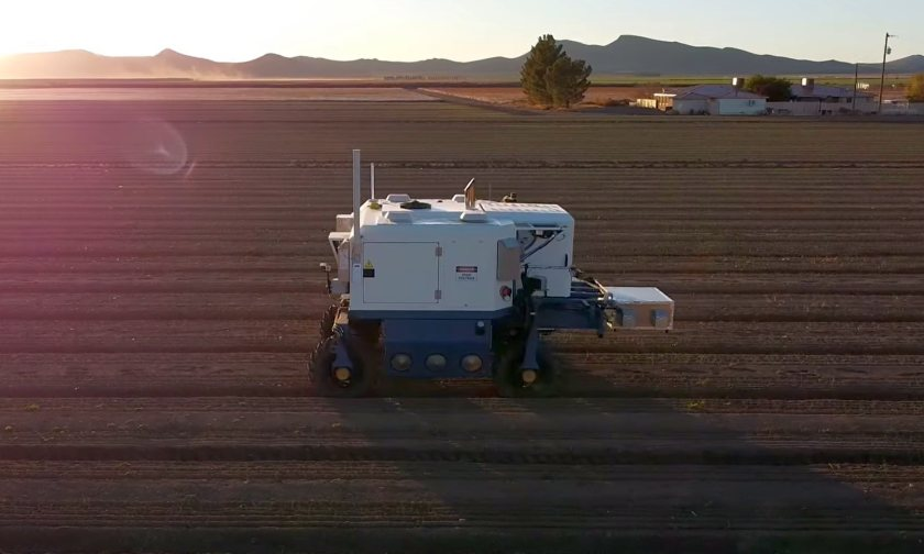 The high-powered lasers leave the soil microbiology undisturbed (Photo: Carbon Robotics)