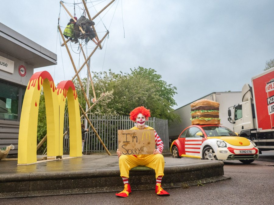 The activists demand McDonald's turns fully plant-based by 2025 (Photo: Animal Rebellion)